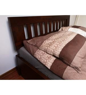 Łóżko z podnoszonym stelażem